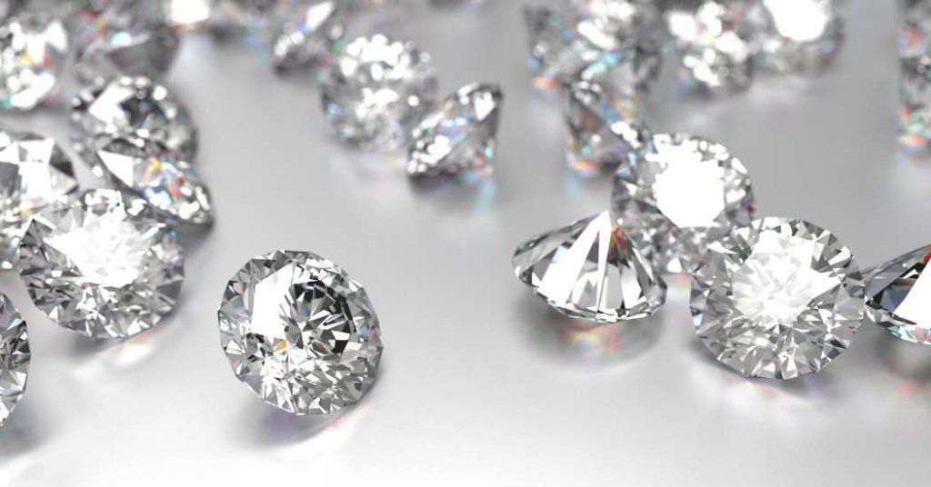 Zirconi: minerali sostituti del diamante