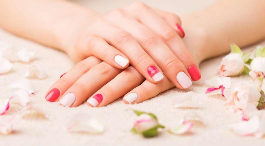 Smalto semipermanente per cura unghie